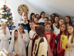 Z życzeniami  świątecznymi  w Rodzinnym Domu  Opieki  PAW w Starych Żukowicach